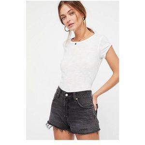 NWOT▪️LEVI 501 highwaisted denim shorts